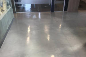 A entrance area with iTe CEMOX decorative screed finish